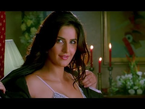 Katrina Kaif is very beautiful in clothes