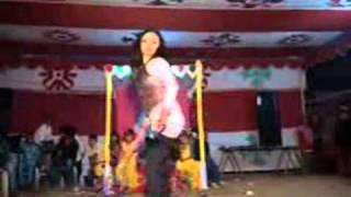 Bangla New Super Sexy Dance Bangladeshi Girl 2015