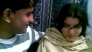 Pashto six dans