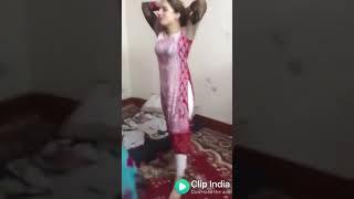 Hot Bhabhi Dance With Chudi jo Khanki Hath me