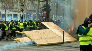 السترات الصفراء في فرنسا: سوف نتظاهر من الآن إلى عيد الفصح…