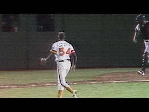 1984NLCS Gm3: Gossage fans Cey for final out