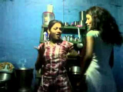 Desi Girl Dance On Marathi Song