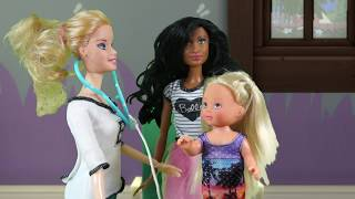 Rodzinka Barbie- Szczepienie Bajka po polsku  the sims 4 odc.34