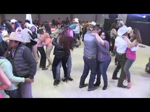 Monse y Banda la Chacalosa en Cañitas de Felipe Pescador