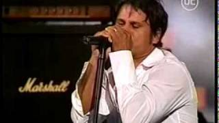 INXS - Suicide Blonde - Live in Chile 2003 (with Jon Stevens)