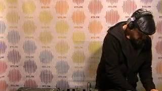 Tom Middleton @ RTS.FM Spb Studio - 1.11.2009: DJ Set