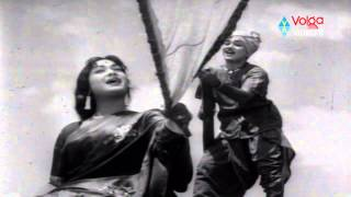 Mooga Manasulu Songs - Naa Paata Nee Nota Palakala Silaka - Akkineni Nageswara Rao, Savitri
