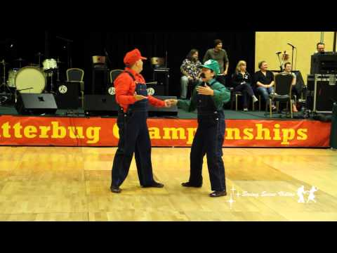 Super Mario Bros Dance Swing HD BEST VERSION