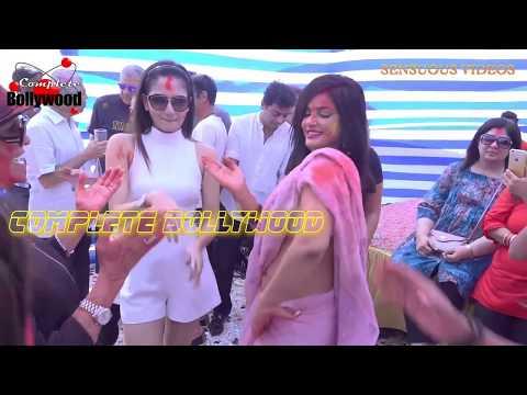 Xxx Mp4 Neetu Chandra Hot Waist Show While Dancing In Saree At Holi Bash HD 3gp Sex
