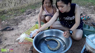 Wow!! Amazing Beautiful Girls Cooking water snake And Top Viral Video Cooking Village Snake