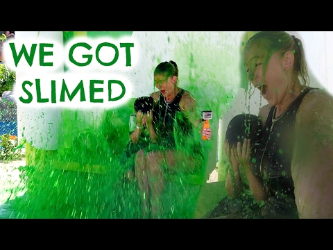 DAY IN THE LIFE OF... WE GOT SLIMED!  NICKELODEON WATER PARK