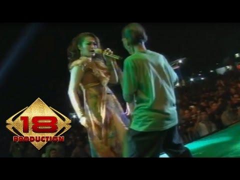 Fitri Carlina - ABG Tua   (Live Konser Tulang bawang Lampung 26 Februari 2014) Mp3