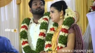 Saranya Mohan Singing at Marriage Reception HD video