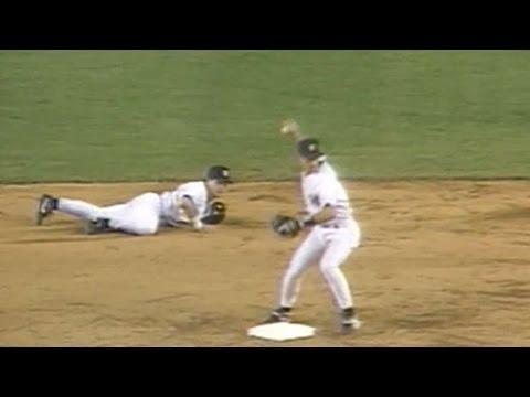 BAL@NYY: Yankees turn amazing 6-4-3 double play