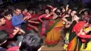 বিয়ের অনুষ্ঠােন এমন কি করলো বিয়াই বিয়ান কে   !!!! Bangladeshi Video Dance 2016