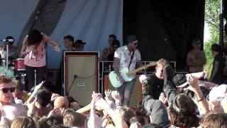 Sleeping With Sirens - If You Can't Hang - Live at Warped Tour Chicago 2013