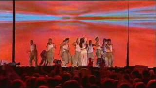 Holly Valance - Kiss Kiss (Live Smash Hits Awards 2002) [Richieh]