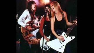 The Runaways - C'mon, Live At Palladium 1978