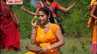 Lili vadi ma lembu-Gujarati New Romantic Hot Girl Dance Video Song Of 2012 By Kavita Das