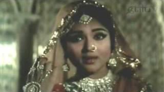 Agar Yeh Husn Mera - Vyjayantimala