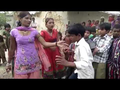 Xxx Mp4 Hot Bhojpuri Song Dance Desi Girl 3gp Sex