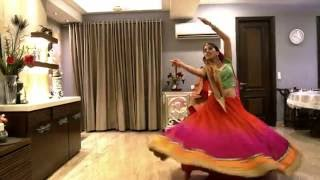 Baajirao Mastani: Mohe Rang Do Laal, Priyaali Kanti