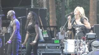 Ellie Goulding - Starry Eyed (Coachella Festival, Indio CA 4/11/14)