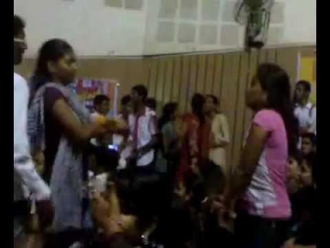 Dance Crazy girls - Solapur.mp4