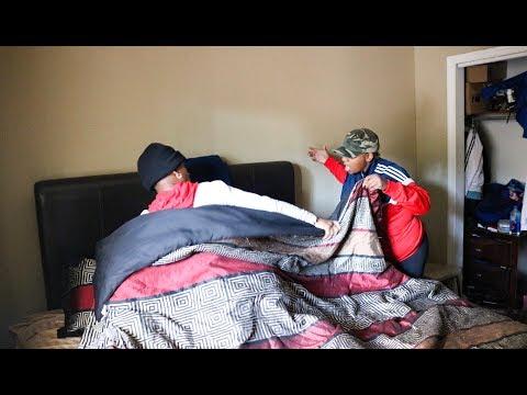 Xxx Mp4 HAVING SEX IN MY MOMS BED PRANK 3gp Sex