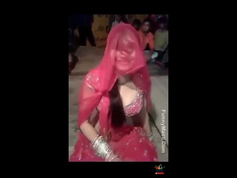 Sexy Girl Dance In Wedding Party | desi girl | hot dance | dj marwadi song