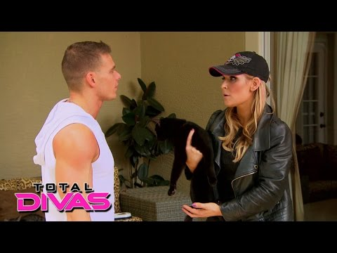 Xxx Mp4 Natalya Takes In 18 Foster Cats At Her Home Total Divas Preview Clip July 28 2015 3gp Sex