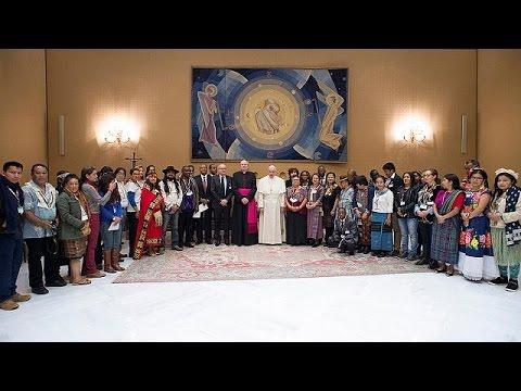 El papa defiende los derechos de los pueblos indígenas