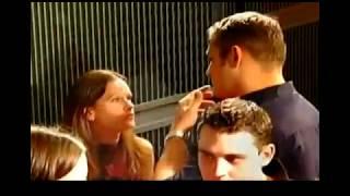 Body Language - Indicators of Interest (IOIs)