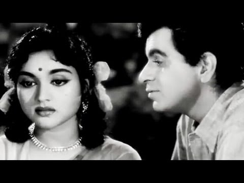 Dilip Kumar tries to impress Vyjayantimala Paigham Romantic Scene 6 19
