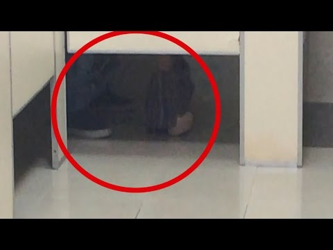 Sexo en el baño broma con camara oculta Sex In The Bathroom Prank