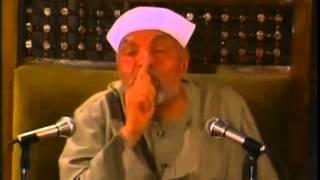 الشعراوي رحمه الله ينكر بشدة بدعة الجهر بالدعاء و بالقرآن في المساجد