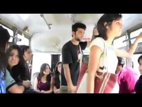 delhi metro bus