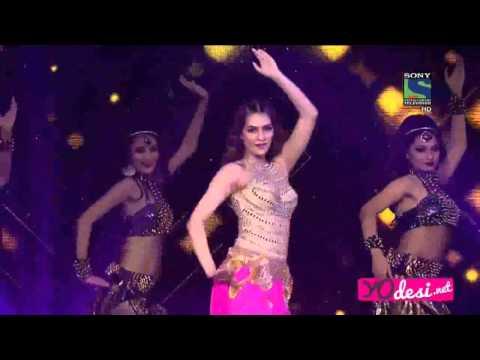 Kriti Sanon's mesmerizing performance of Star Guild Awards 2016