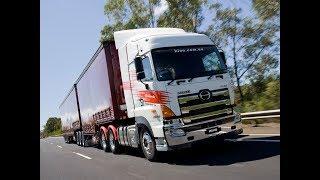 Японский грузовик HINO 700