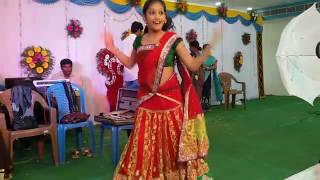 energetic mesmerizing telugu recording dance in marriage