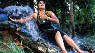 নায়িকা মৌসুমীর গোপন ভিডিও ফাঁস।।।।।।।