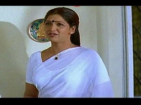 Hot Bhuvaneswari Caught Redhanded