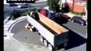 Amazing Truck Driver Skills | Must SEE! | GGL