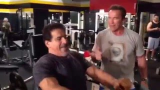Arnold Schwarzenegger and Lou Ferrigno Training at Gold's Gym