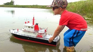 "RC ADVENTURES - NEW Capt. MOE & the AquaCraft Rescue 17 Fireboat RTR ""SCALE BOAT""! #ProudParenting"