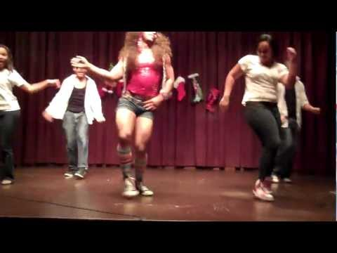 Xxx Mp4 Newly Pregnant Beyonce Performs Move Your Body At Private Show Sponsored By Muscled Milk 3gp Sex