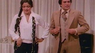 Rajesh Khanna Is Disturbed - Hum Dono