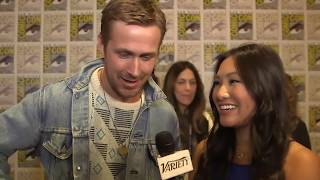 Harrison Ford pushes Ryan Gosling - Blade Runner 2049 - Comic Con 2017- Full Interview