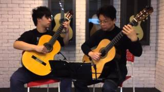 Rondo in D by F. Carulli played on 2 Contreras guitar(1980 &1988)